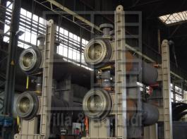 High pressure screw closure heat exchangers with stainless steel U tubes for an oil & gas plant in the United States of America